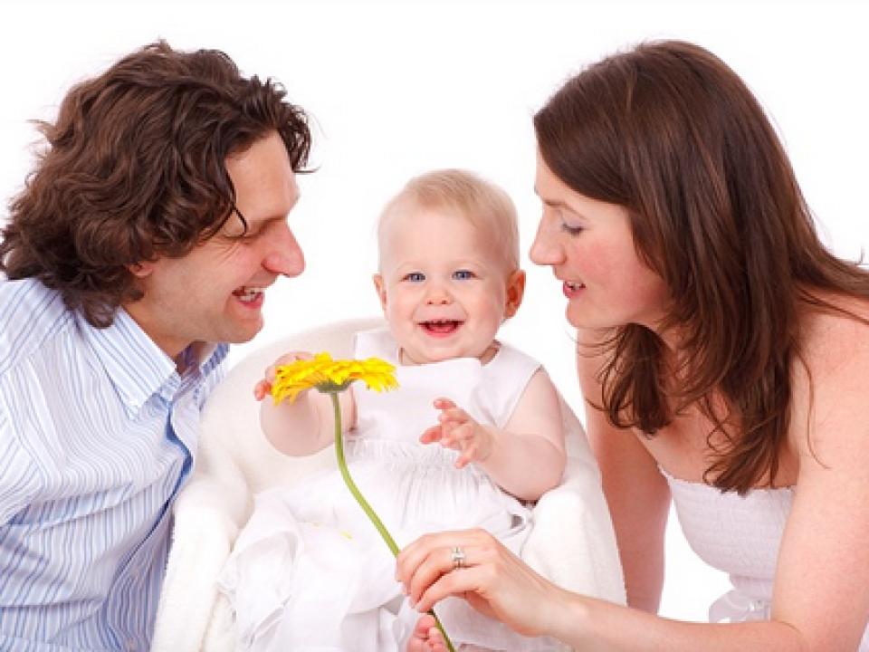 ללמוד להיות הורים